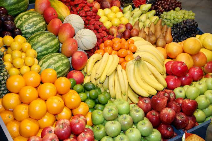 Pharmacist Lists Fruits To Avoid While On Medication – Banana, Oranges, Apple