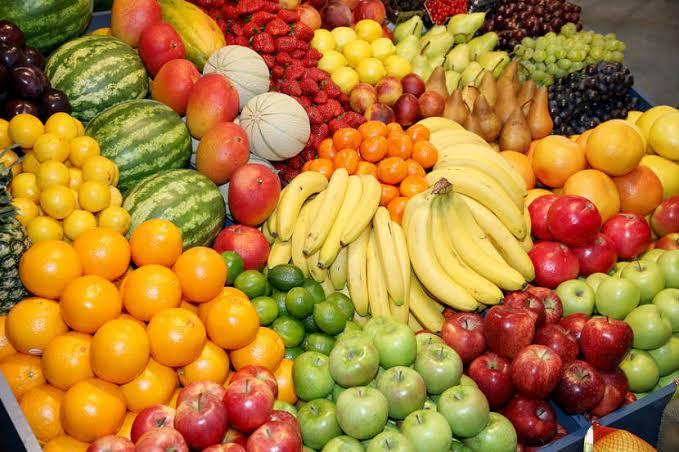 Pharmacist Lists Fruits To Avoid While On Medication – Banana, Oranges, Apple