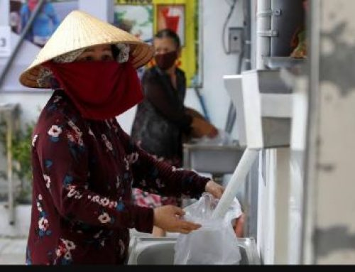 #COVID19: Vietnam Government Set Up 'Rice ATMs' Which Dispenses Rice To The Unemployed
